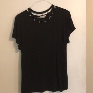 Tops - Black shirt with pearl neckline